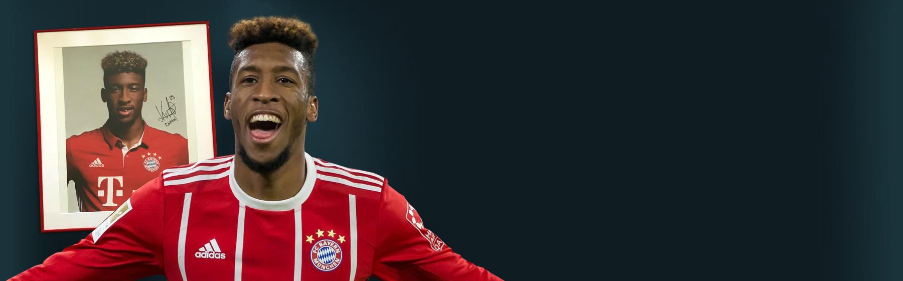 Kingsley Coman FC Bayern München jubelt und Spielerportrait im Hintergrund Header-Bild