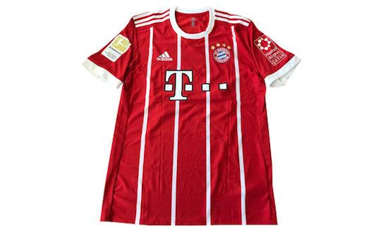 Original signed FC Bayern Munich jersey by Thomas Müller