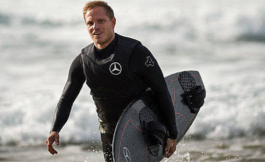Sebastian Steudtner with surfboard