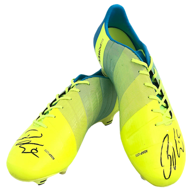 original signed football boots by Diego Bengalio