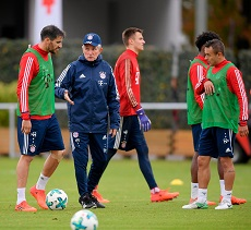 Trainer Jupp Heynckes - FC Bayern Munich Training