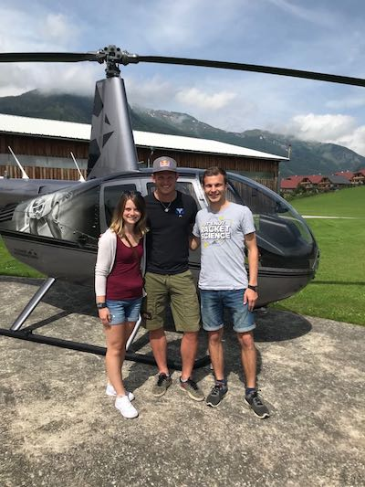 Heli-flight - Thomas Morgenstern with VIPrize winner Viktoria